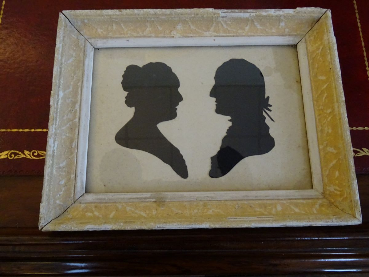 19th century hand painted silhouette of a lady and gentleman