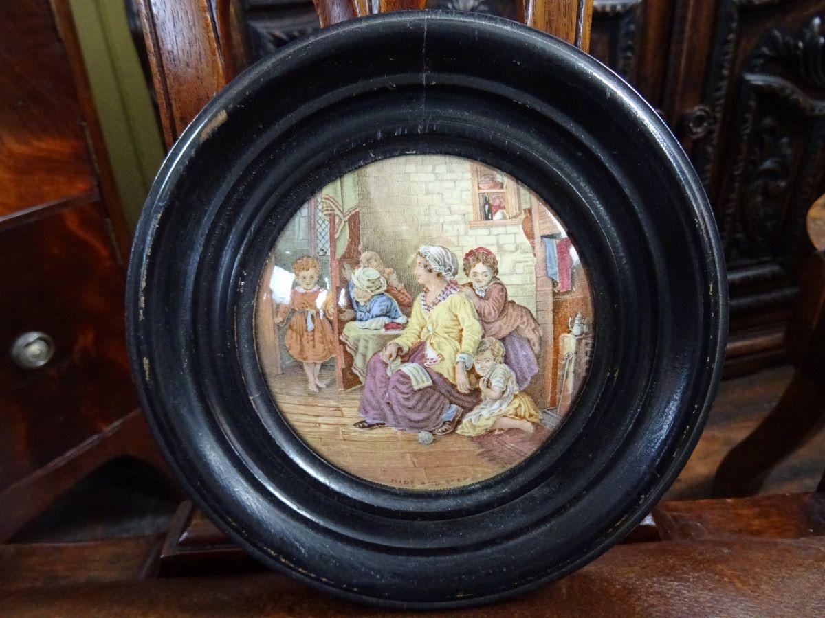 Early Prattware pot lid