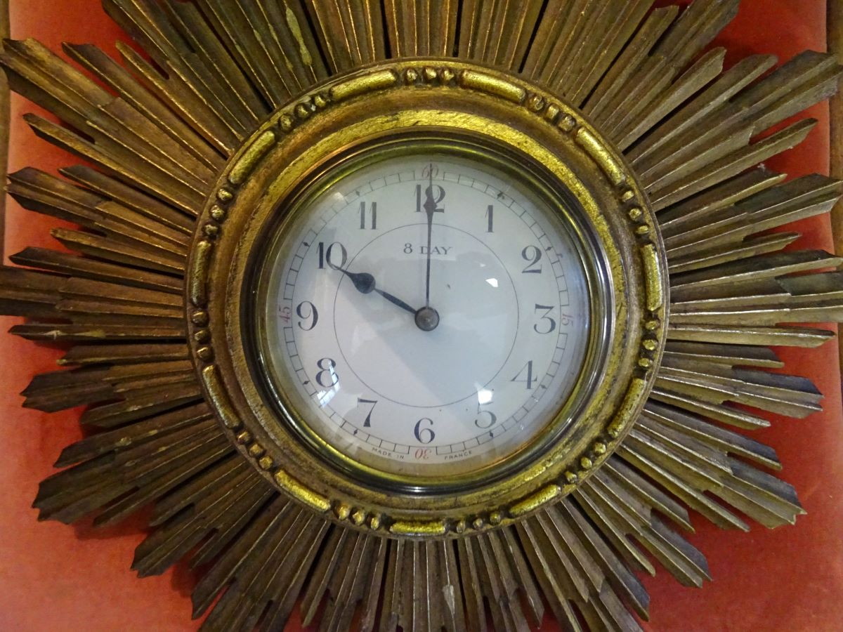 Art Deco Sunbrst Clock
