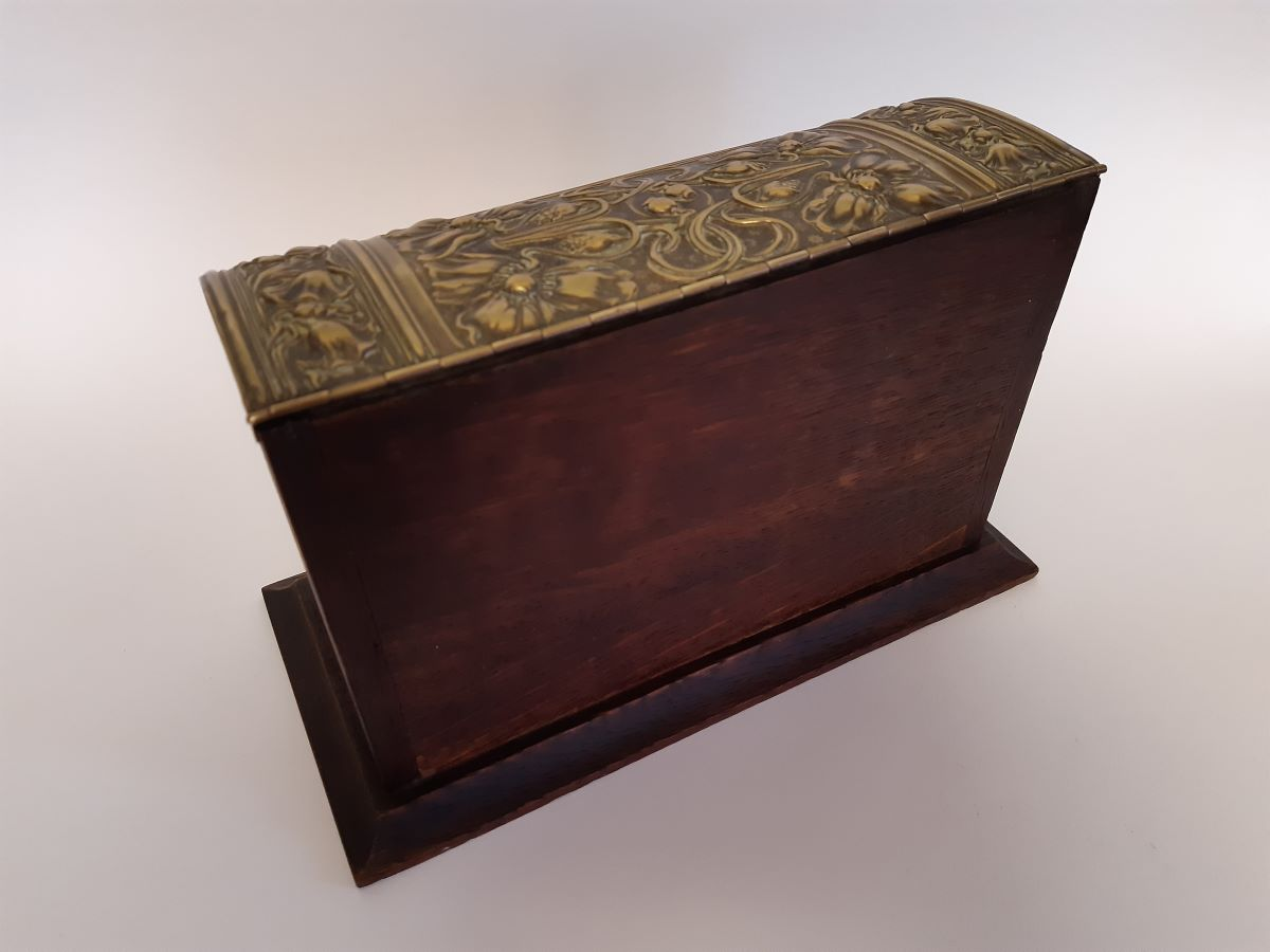 Art Nouveau Stationery box