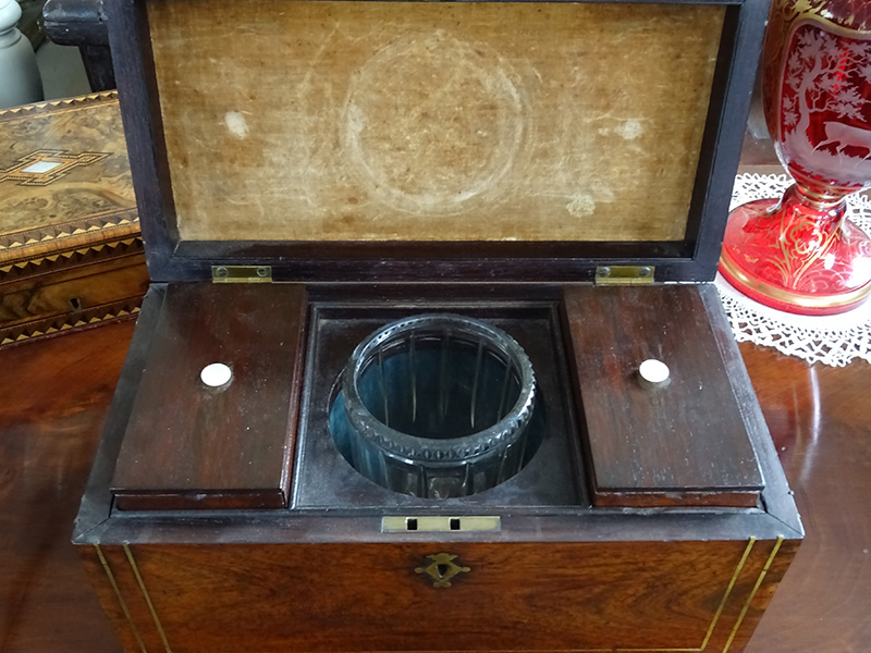 Early Victorian rosewood tea caddy