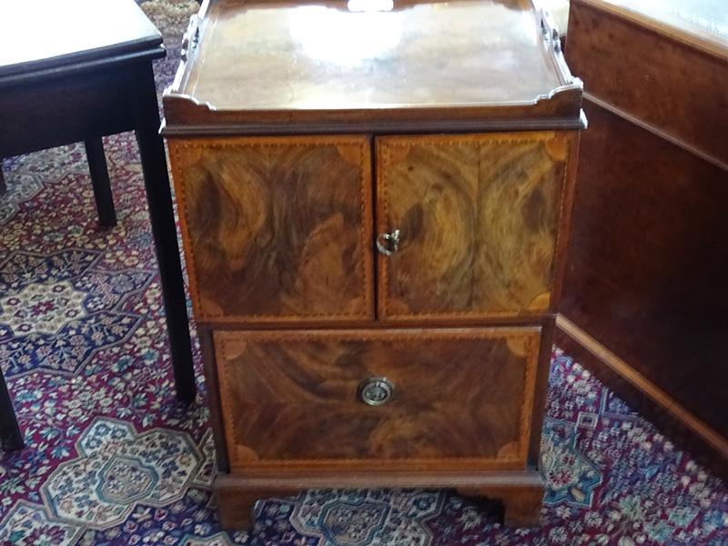 George 111 mahogany tray top cabinet