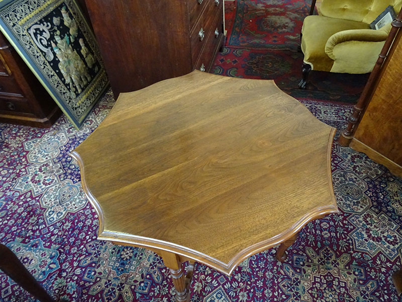Late Victorian Walnut Centre/Occasional Octagonal Table