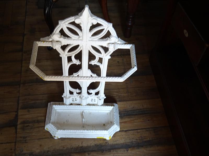 Victorian cast iron umbrella stand, Balkirk