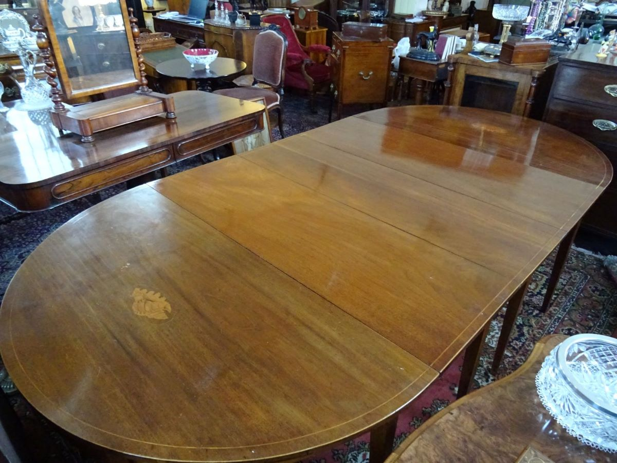 George 111 mahogany dining table